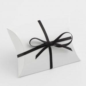 White Gloss Pillow Bustina Wedding Favour Box